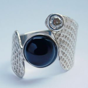 Diamond & Onyx Ring